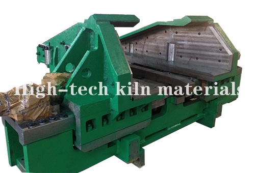 Hot continuous rolling finish rolling side guide